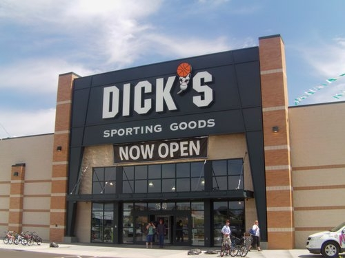 Garden City Dodge >> Customers Like What They See at New Dick's Sporting Goods ...